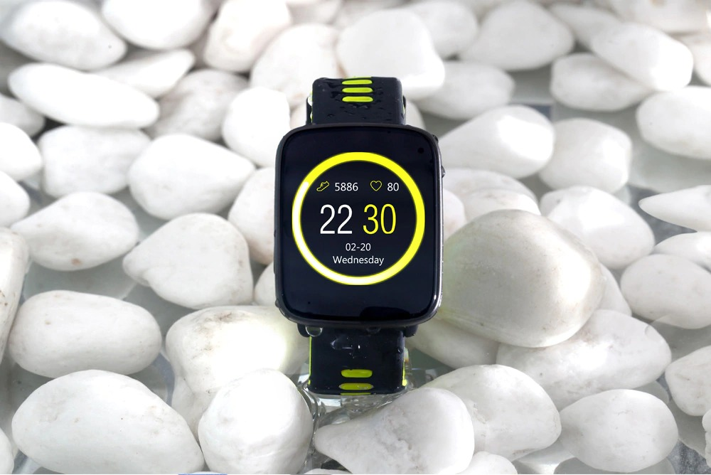 GV68 Smartwatch IP68 Waterproof Bluetooth 4.0 Android iOS Compatible Heart Rate Monitor Remote Camera Pedometer - Black green